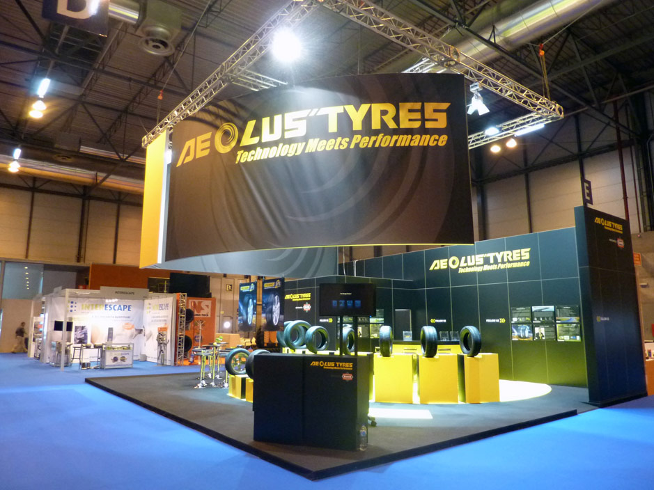 DESIGN AND CONSTRUCTION of a BOOTH AEOLUS TYRES MOTORTEC 2015 IFEMA MADRID ESPAÑA PROYECTO GENUS