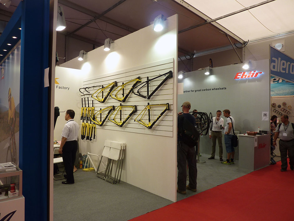 DESIGN AND CONSTRUCTION of a BOOTH for DNK+EKBAR EUROBIKE FRIEDRICHSHAFEN ALEMANIA