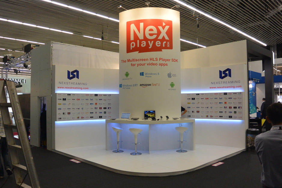 DESIGN AND CONSTRUCTION of a BOOTH for NEXSTREAMING ITB AMSTERDAM HOLANDA PROYECTO GENUS